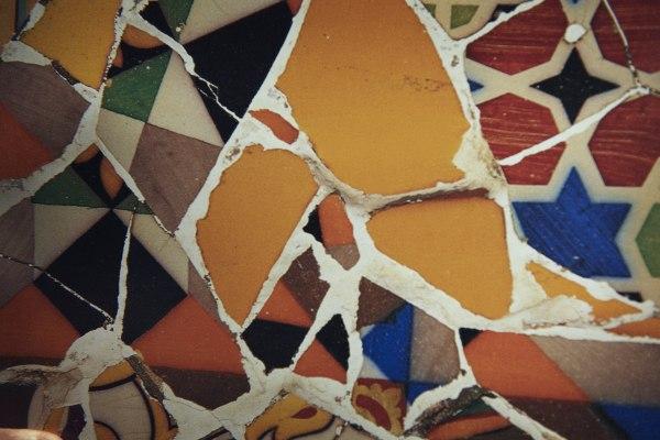 Icaro 2010: Un Mosaico di Gaudì